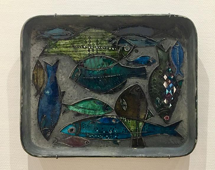 ルート・ブリュック「魚の皿」の写真